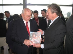Mikhail Gorbachev receives the book Amazon Your Business
